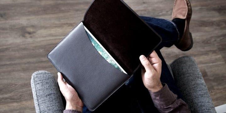 Tasche mit Klappe iPad 10.5 - Natur - Glattleder